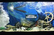 Menengok Sedihnya Laut yang Tercemar Lewat Akuarium Sampah Sea World Ancol