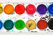 Warna Cat Rumah, Cermin Kepribadian Penghuninya