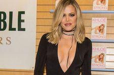 3 Bulan Usai Melahirkan, Bobot Khloe Kardashian Turun 14 Kilogram