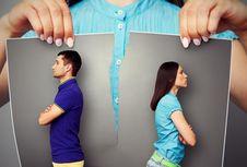 Sains Jelaskan Kenapa Kita Suka 'Stalking' Mantan