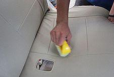 Merawat Jok Material Kulit Lebih Mudah Dibanding Fabric