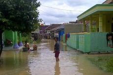 Debit Air Sungai Bekasi Menurun, Puluhan Warga Masih Mengungsi
