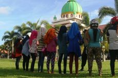 Kenakan Celana Ketat dan Pendek, 52 Warga Terjaring Razia Polisi Syariah