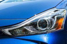 Lampu Mobil Berembun, Ini Penyebabnya
