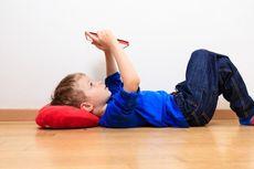 Anak Terlalu Sering Main Gadget Berisiko Alami Gangguan Tumbuh Kembang
