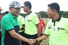 Pekerja Se-Sulawesi Barat Main Bola di Ajang Liga Pekerja Indonesia