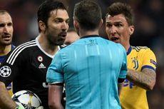 Gestur Kibasan Uang Chiellini Saat Wasit Beri Penalti untuk Madrid