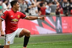 Menolak Menyerah, Sanchez Ingin Beri Trofi untuk Man United