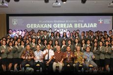 ITHB Lantik 100 Mahasiswa Penerima Beasiswa