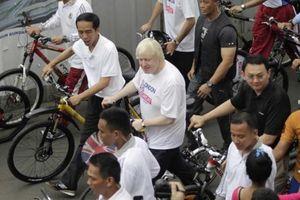 Fakta Penting Hadiah Sepeda Jokowi di Penjuru Negeri, Alasan di Baliknya hingga Sering Ditolak