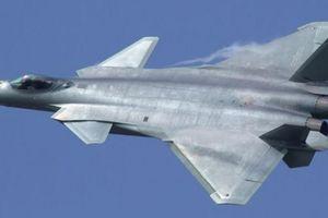 AS Bikin Replika Jet Tempur China untuk 'Latihan'