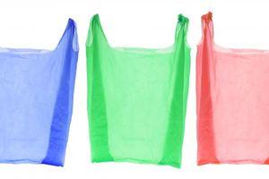 Meninjau Rencana Pemprov DKI Larang Penggunaan Kantong Plastik...