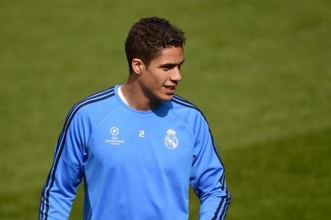Varane Bantah Rumor Tidak Betah di Real Madrid