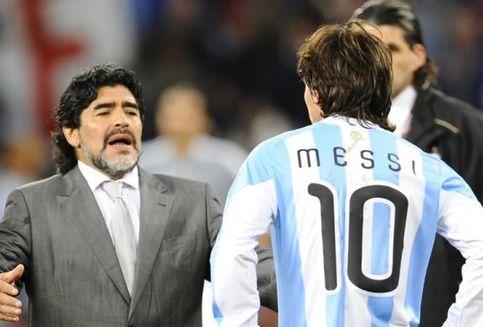 Presiden Argentina Sebut Messi Lebih Baik daripada Maradona