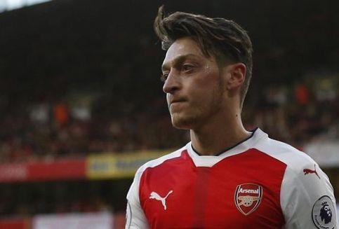 Arsenal Siap Jual Mesut Ozil Guna Tutup Kerugian