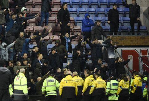 FA Bakal Investigasi Perkelahian Aguero dan Fans Wigan