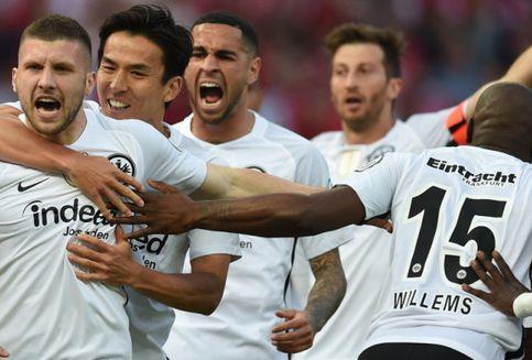 Calon Pelatih Bikin Bayern Muenchen Gagal Sandingkan Gelar