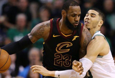 Kobe Bryant Beri Nasihat kepada LeBron James