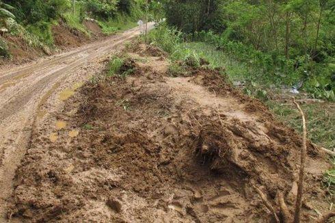 Intensitas Hujan Tinggi, Sejumlah Daerah di Aceh Tengah Alami Longsor