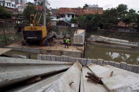 Menanti Realisasi Rencana Naturalisasi Sungai di Jakarta...