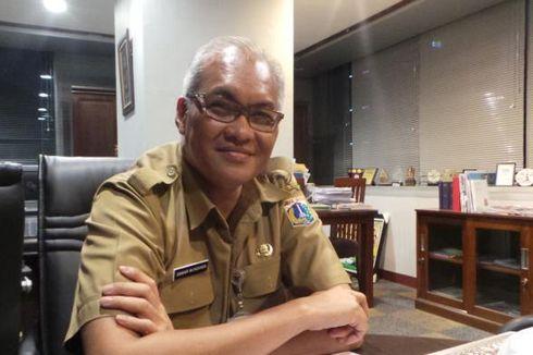 Kisah Oswar Mungkasa, Pejabat Eselon I DKI yang Tak Malu Naik KRL Setiap