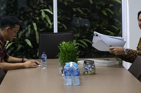 Rian Ernest: Sunny Tanuwidjaja Bukan Staf, Hanya Teman Diskusi Ahok