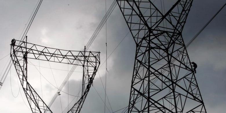 Ilustrasi transmisi listrik
