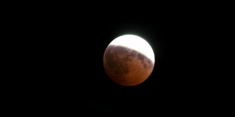 Ilustrasi Gerhana Bulan Sebagian
