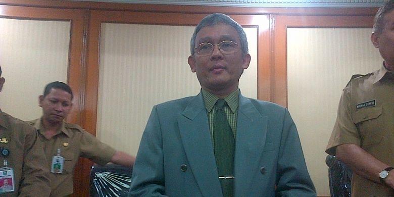 Sadu Wasistiono diberikan mandat oleh Mendagri sebagai Plt Rektor IPDN menggantikan I Nyoman Sumaryadi.
