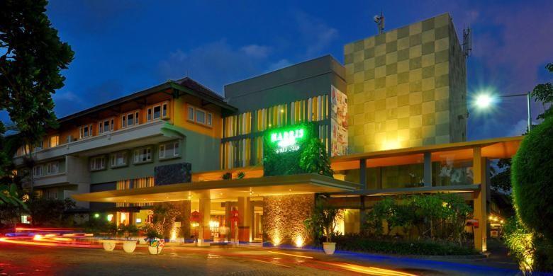 Harris, salah satu hotel kelas menengah yang menjamur di Bali.