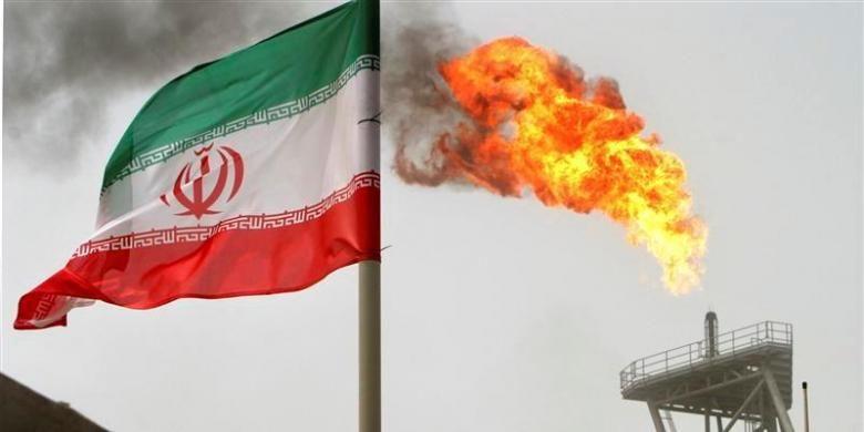 Ilustrasi kilang minyak Iran.