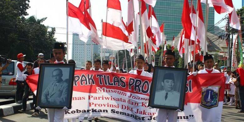 Rombongan pawai berangkat dari Museum Joang 45 menuju Museum Naskah Proklamasi, Jakarta.