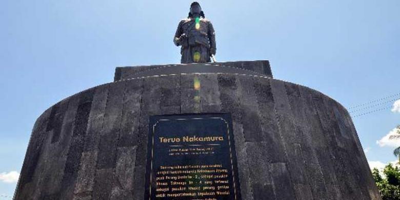 Monumen Teruo Nakamura di Morotai, Maluku Utara, Jumat (14/9/2012). Teruo Nakamura adalah suku asli Taiwan yang direkrut menjadi tentara sukarela kekaisaran Jepang pada perang dunia ke 2, Sebagai pasukan khusus perang gerilya untuk mempertahankan kepulauan Morotai dari gempuran tentara Sekutu.