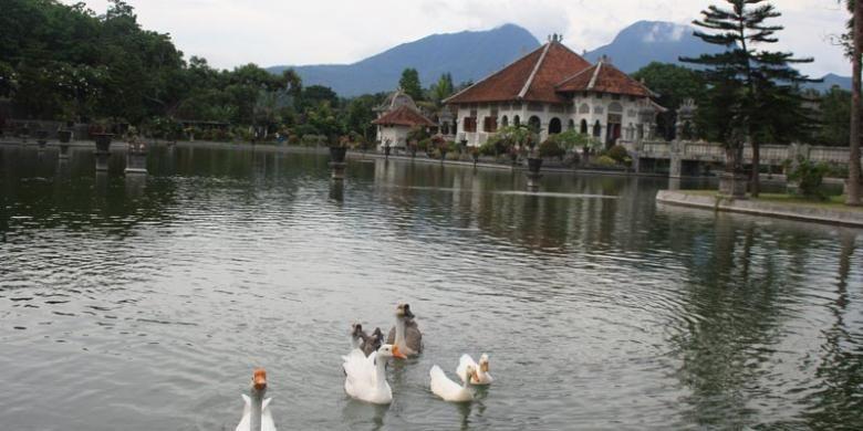 Taman Ujung di Karangasem, Bali.