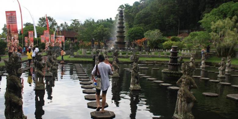 Obyek Wisata Tirta Gangga di Karangasem, Bali.
