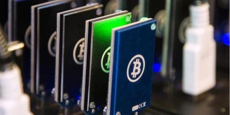 Sebuah rantai-blok digunakan untuk aktivitas menambang Bitcoin yang dipamerkan di Plug and Play Tech Center di Sunnyvale, California, 28 Oktober 2013.