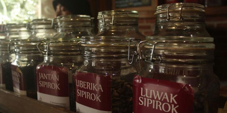 Beberapa jenis kopi khas Kecamatan Sipirok, Tapanuli bagian Selatan, Sumatera Utara.