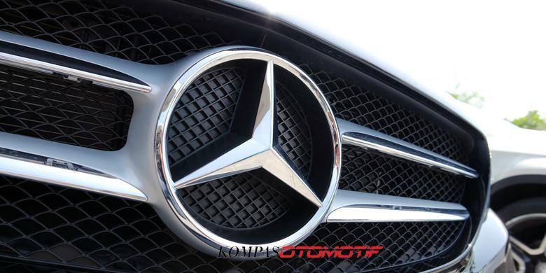 Logo Mercedes-Benz,