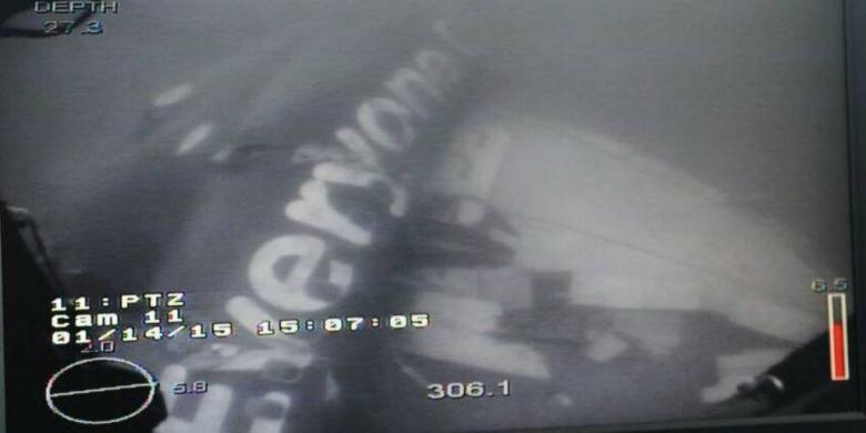 Puing-puing AirAsia QZ8501.