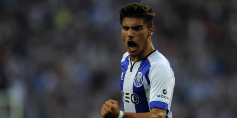 Gelandang FC Porto asal Portugal, Ruben Neves.
