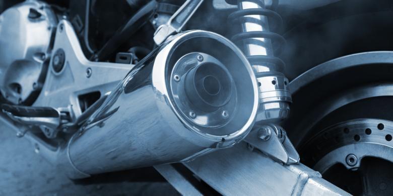 Emisi yang keluar dari knalpot sepeda motor
