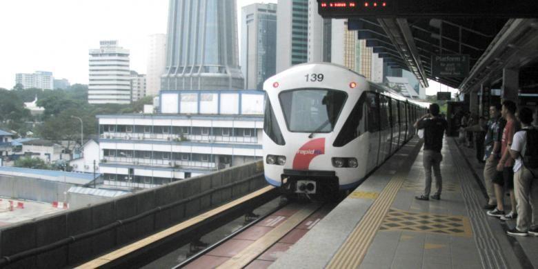 Ilustrasi. Layanan light rail transit (LRT) dengan nama Rapid KL yang beroperasi di Kuala Lumpur, Malaysia.