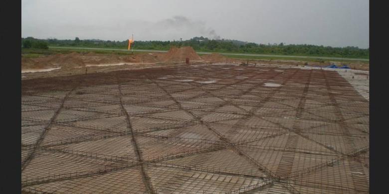 Konstruksi Laba-laba telah teruji di daerah-daerah rawan gempa, antara lain Aceh dan Padang, terutama terhadap gerakan vertikal maupun horisontal. Konstruksi tersebut juga dipakai untuk daerah-daerah yang memiliki kontur tanah ekstrim sehingga membutuhkan pondasi kuat.