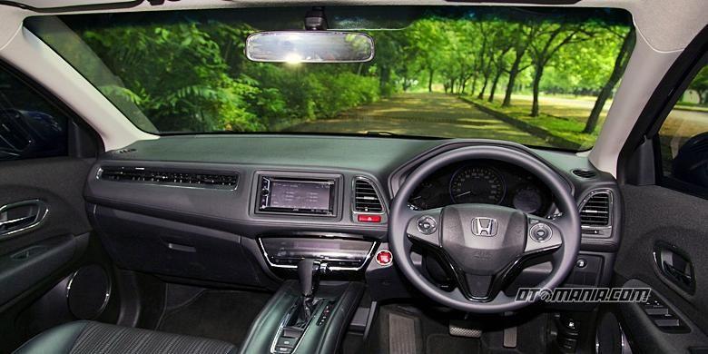 Ilustrasi pilar A pada sebuah mobil bisa menjadi blind spot.