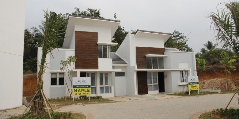 Dua unit rumah contoh di Citra Maja Raya