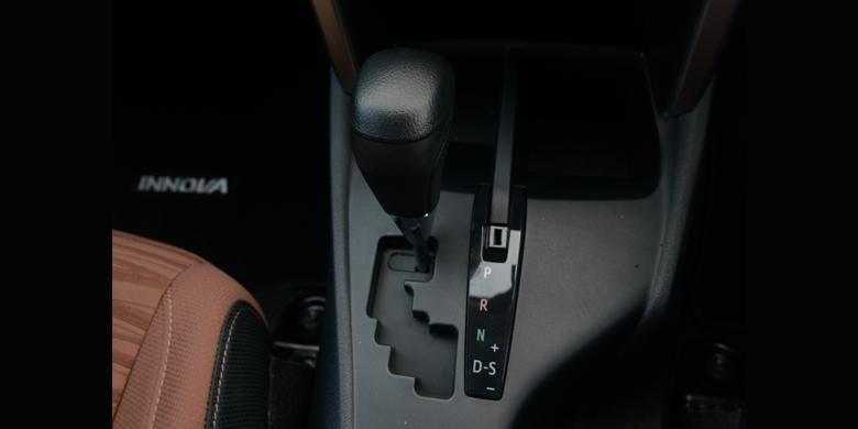 Transmisi otomatis Innova terbaru dengan tipe 6 percepatan