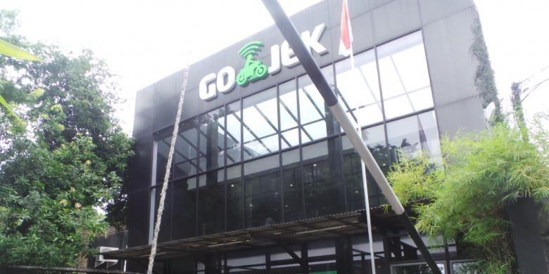Kantor Pusat Go-jek di Kemang, Mampang Prapatan, Jakarta Selatan. Jumat (18/12/2015)