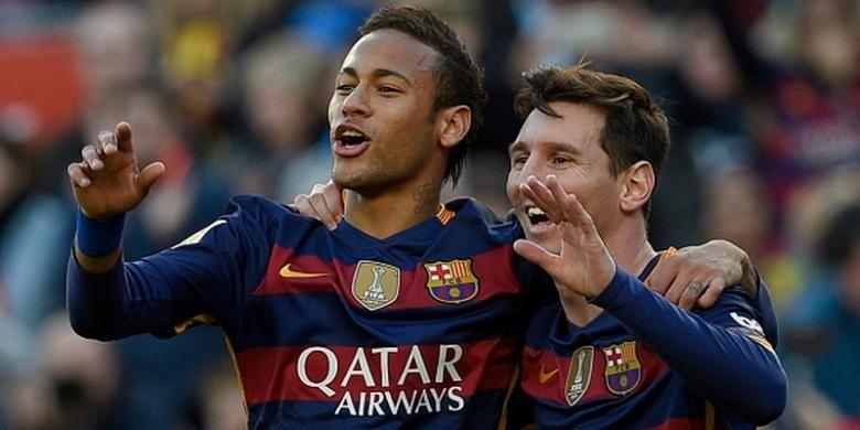 Neymar dan Lionel Messi borong gol Barcelona ke gawang Granada di Stadion Camp Nou, Sabtu (9/1/2016).