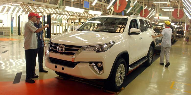 Pabrik TMMIN I di Karawang, Jawa Barat, yang memproduksi Toyota Fortuner dan Innova.