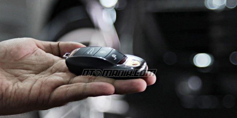 Remote kunci mobil